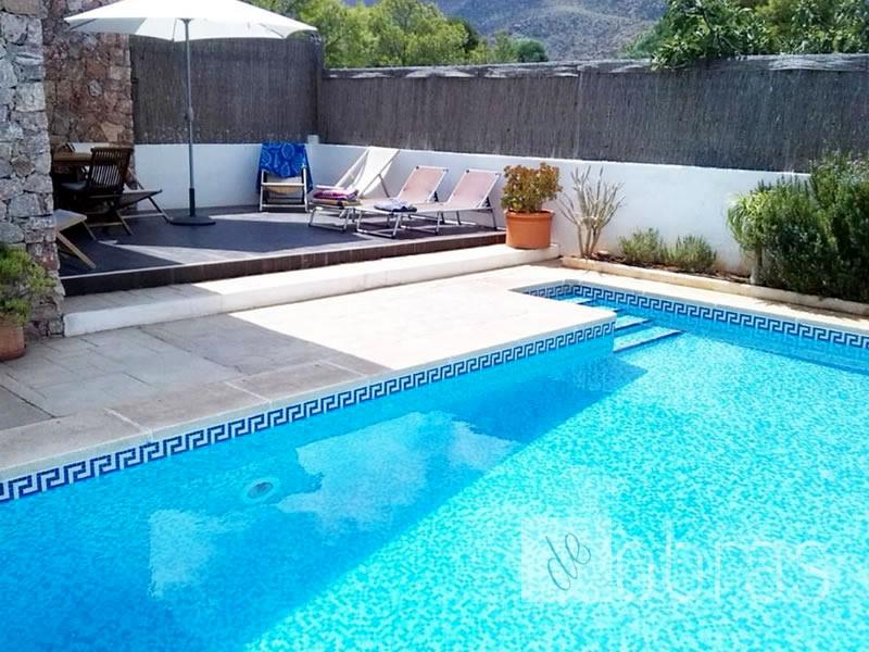 Construcci n de piscinas paisajismo y remodelaciones for Paisajismo para piscinas